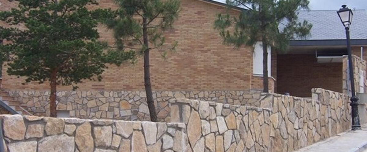 01 Acabados en Muros de Piedra