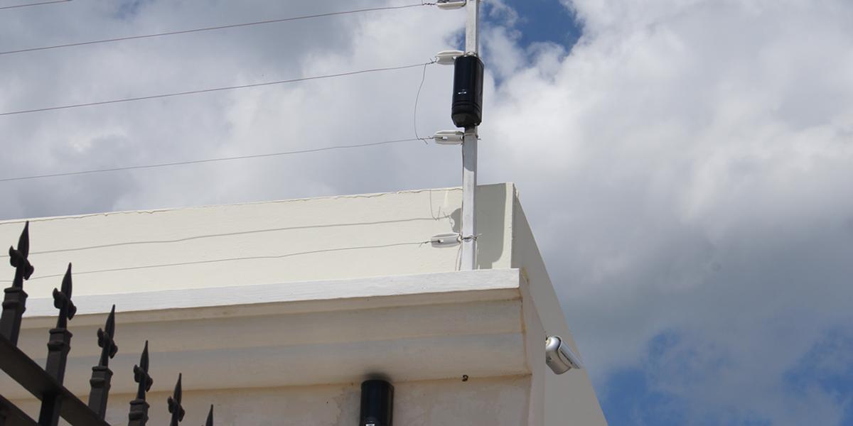 04 Instalaciones de Cercas Electricas