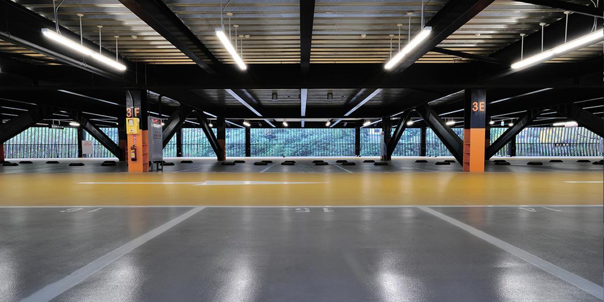 11 Instalaciones de Iluminacion Estacionamiento
