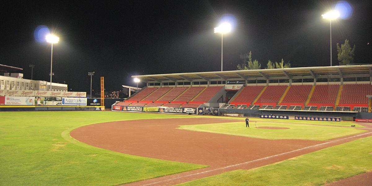 17 Instalaciones de Iluminacion Areas Deportivas